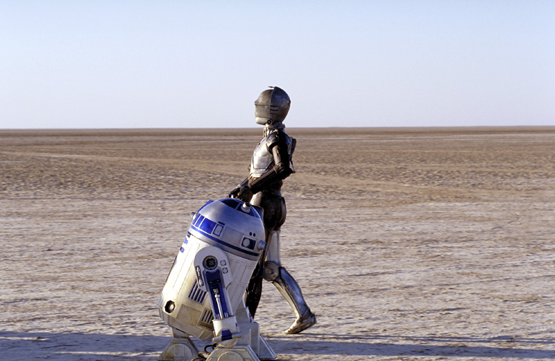 R2d2 And C3po Desert Return To Tatoo...